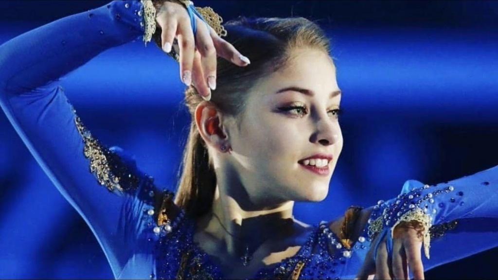 alena-kostornaia-blue